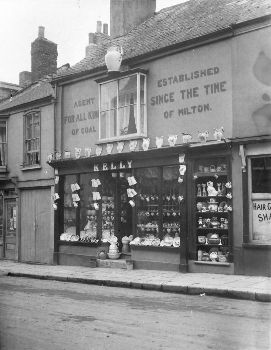 Kelly's Jug Shop, Fore Street, Chudleigh